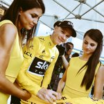 RT pour gagner ce @maillotjauneLcL / RT to win this #YellowJersey signed by @ChrisFroome @lecoqsportif