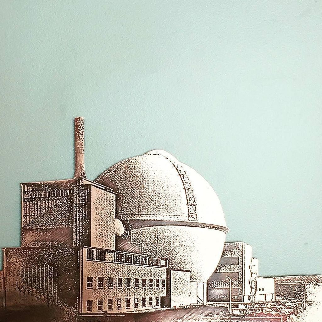 """Mushroom Works on Twitter: """"This beautiful etching by Bronwen Deane is of the decommissioned nuclear power station at Dounreay, in the highlan… ..."""