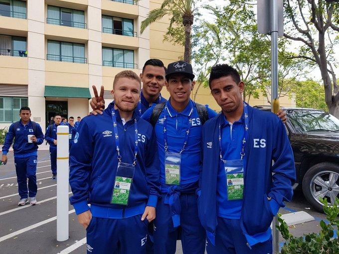 Preparacion para Copa Oro 2017. DEVKtXkVoAA3-gg