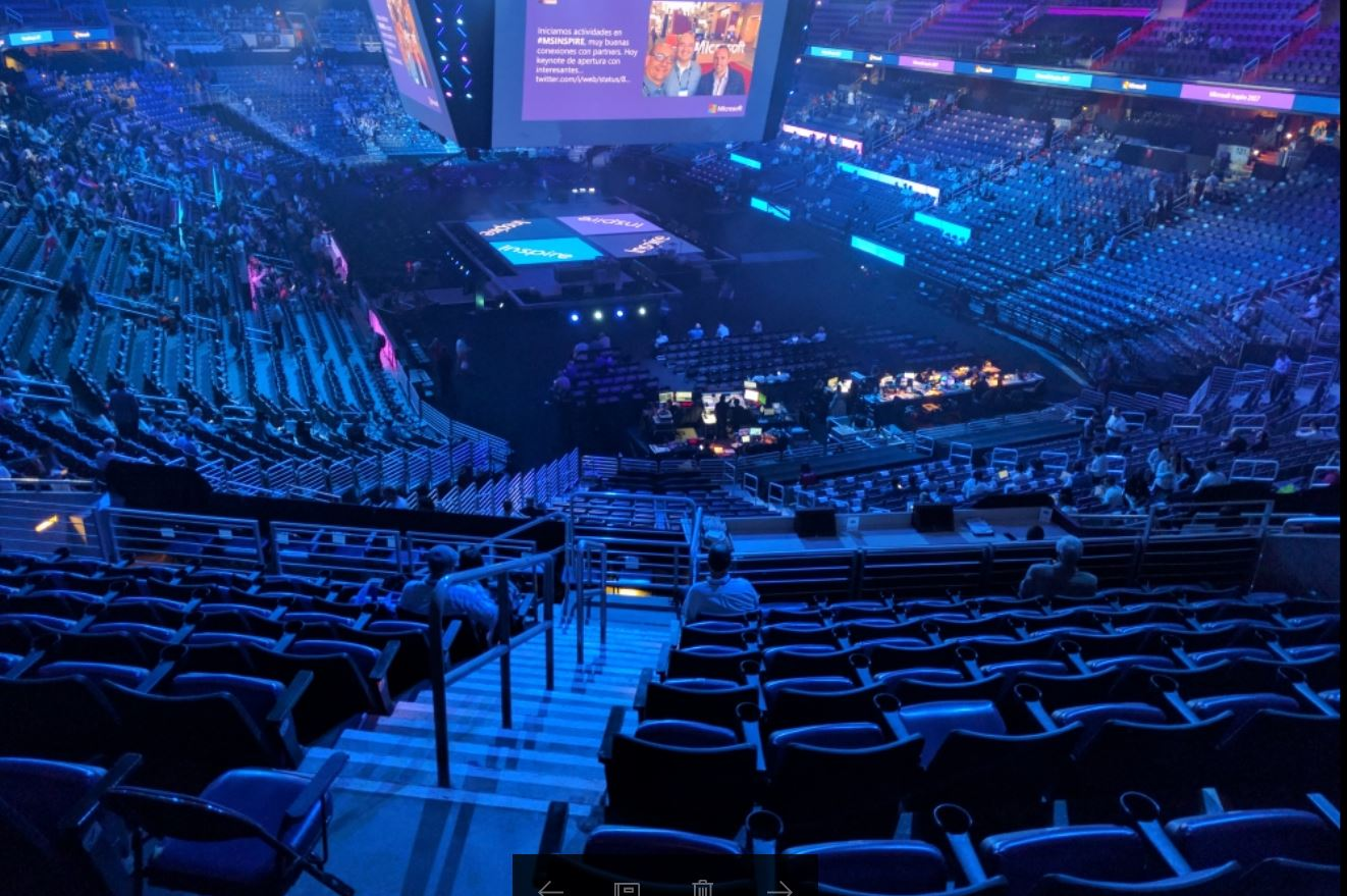 Day 1 of #MSInspire partner show w. @satyanadella. Nice view from the press box.  Live stream starts 8:45 am ET https://t.co/bTJYIts3yz https://t.co/Qzm4e9yvDJ