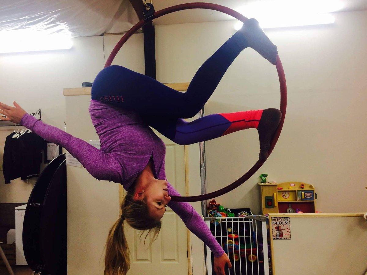 Mizz Twisted Cherry On Twitter Aerial Hoop Junior 5 6pm Beginners