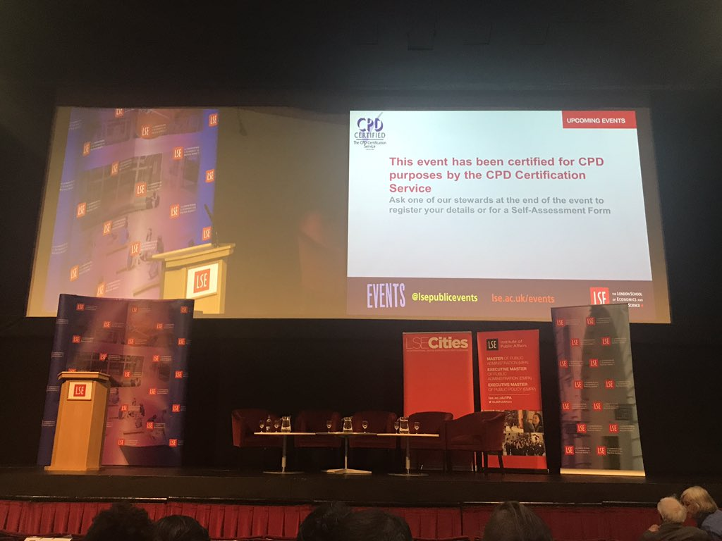 Back at uni for #LSESadiq. For once I was early to something & it's worth the waiting around... great view! Looking 4ward to getting started https://t.co/isAkUEUnXA