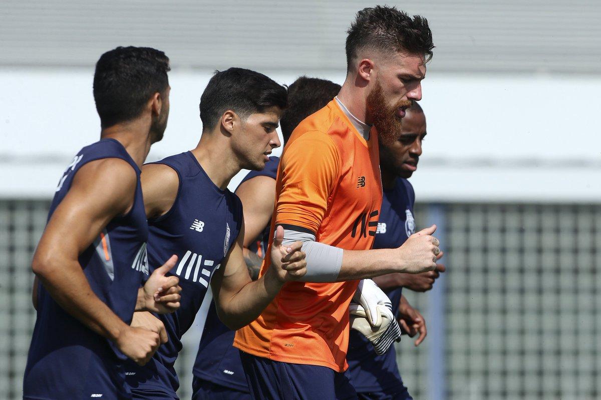 .@josesaoficial, @BrahimiOfficial e Aboubakar estão de volta aos treinos 💪⚽️ #FCPorto