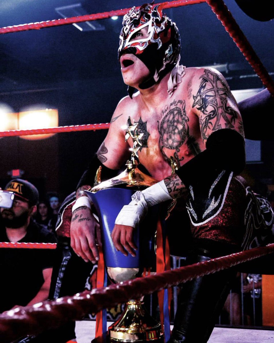 What is next for @ReyFenixMx in #MLAWorldwide after winning the #BorderWar tournament? #Animo #ReyFenix #MexaKing<br>http://pic.twitter.com/Kxakke15hE
