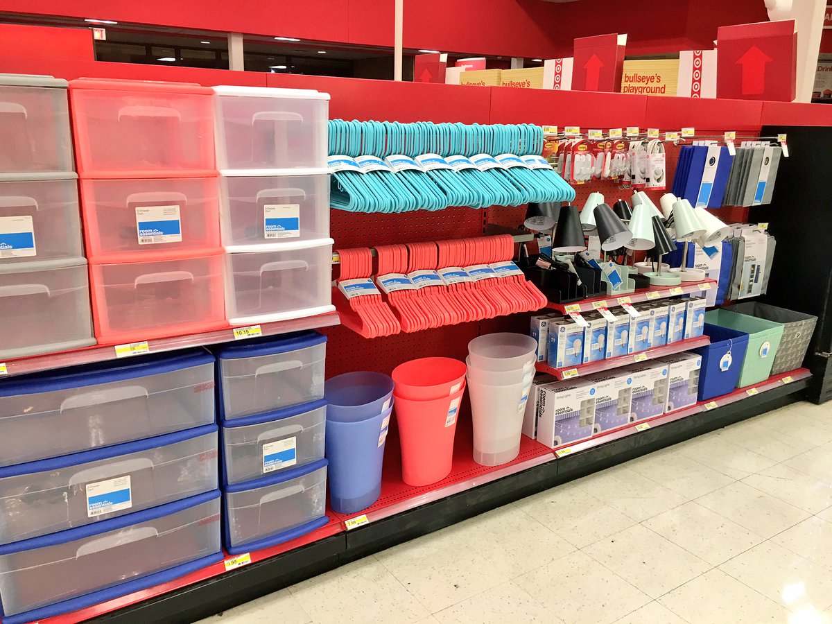 #T0363 Front End getting ready for Back to Scool &amp; Back to College!!! #TargetRun #BackToSchool #backtocollege #settosell<br>http://pic.twitter.com/XhO6eemQYa