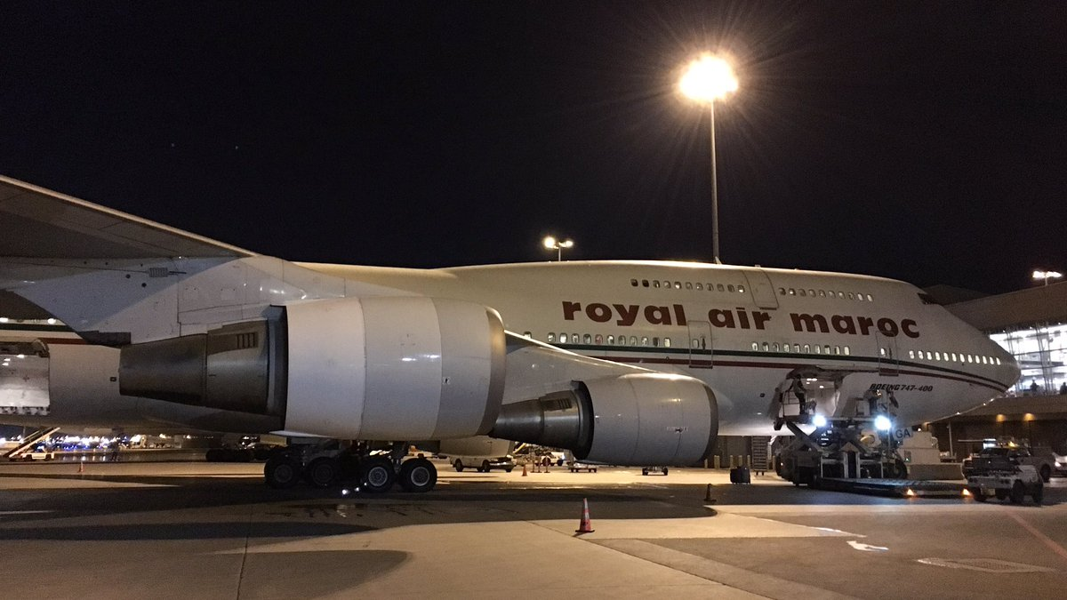 The queen is back to #YUL! I love the #B744!<br>http://pic.twitter.com/pFAPAtDNiD