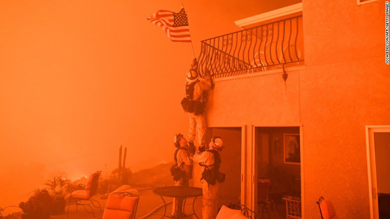 RT @CNN: Surrounded by flames, California firefighters rescue American flag from wildfire https://t.co/cALtL318H4 https://t.co/QNnxiZq0v6