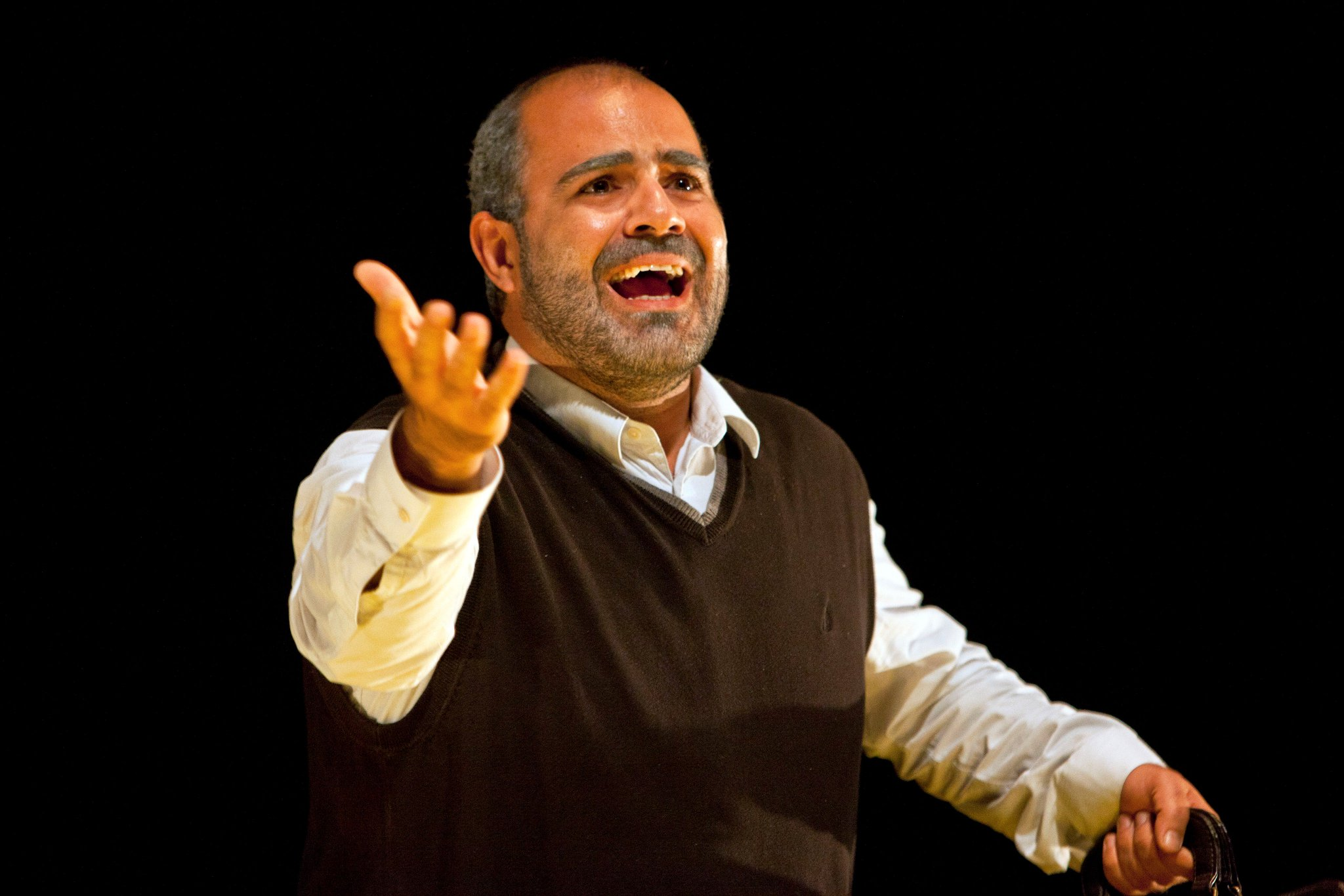 """@Independent @shubbakfestival @standardnews """"A simple but well-crafted biographical portrait of an ordinary man who made himself into something more."""" @BritTheatreGuid #Taha https://t.co/WxEp4pTPne"""