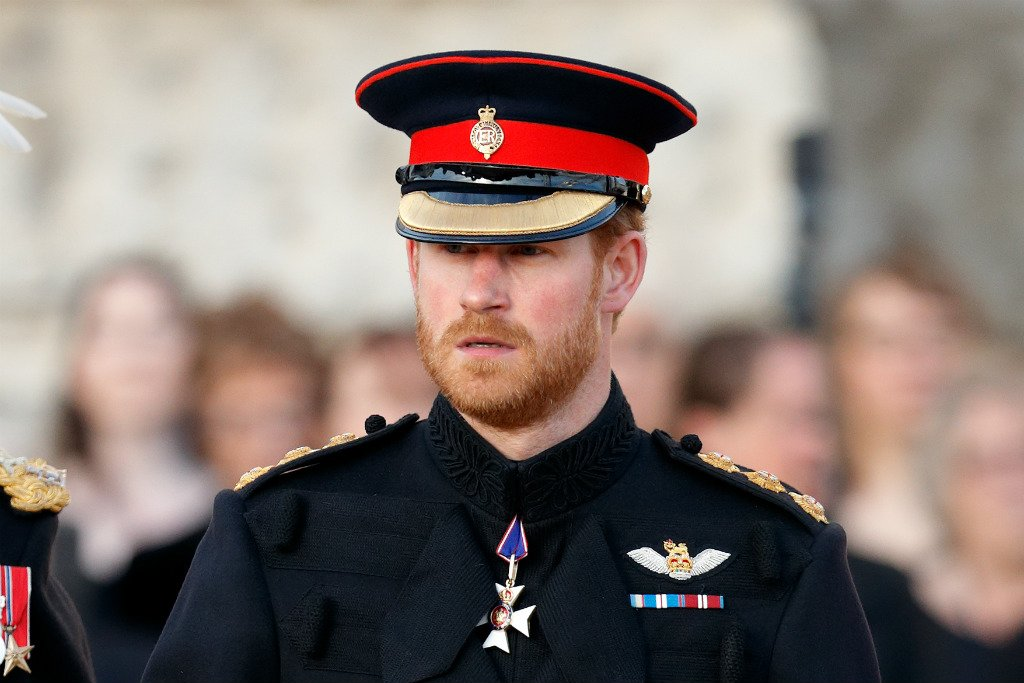"""Príncipe Harry diz que falta de conscientização sobre HIV é um """"absurdo"""" https://t.co/4Q56tYFYFL"""