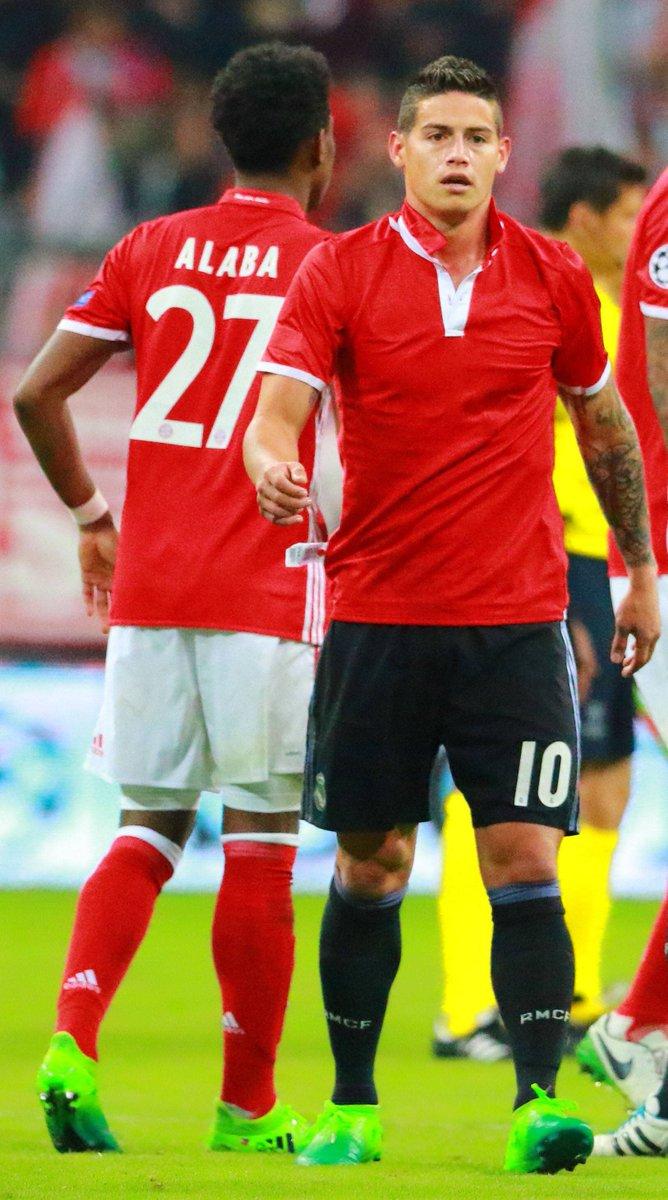 🔴 Rot steht dir gut, @jamesdrodriguez! 😉 #ServusJames #MiaSanMia #FCBayern