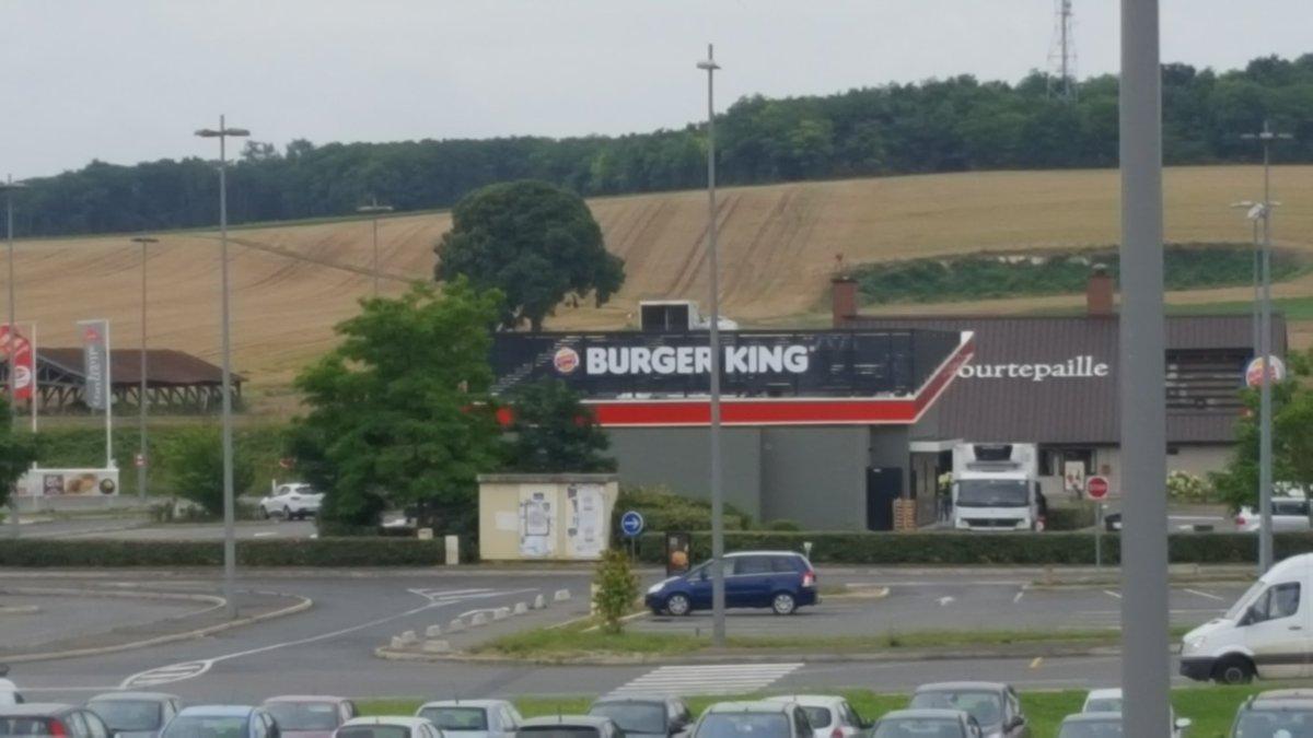 Latest burger king france with leclerc varennes for Leclerc varennes
