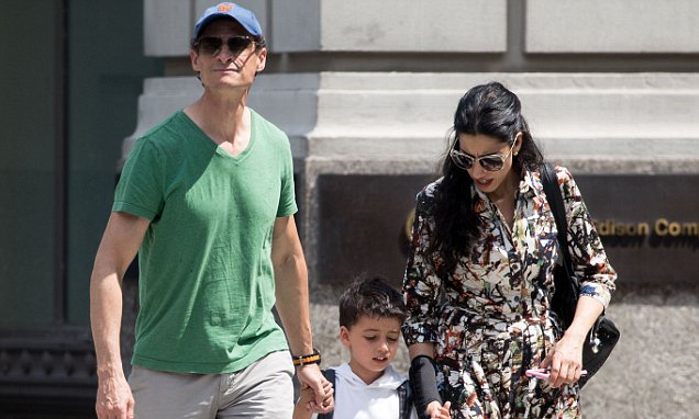 Huma Abedin and Anthony Weiner seen with their son in NYC #abedin #anthony #weiner #their  http:// dlvr.it/PTsgsN  &nbsp;  <br>http://pic.twitter.com/jVkKr1jK5j