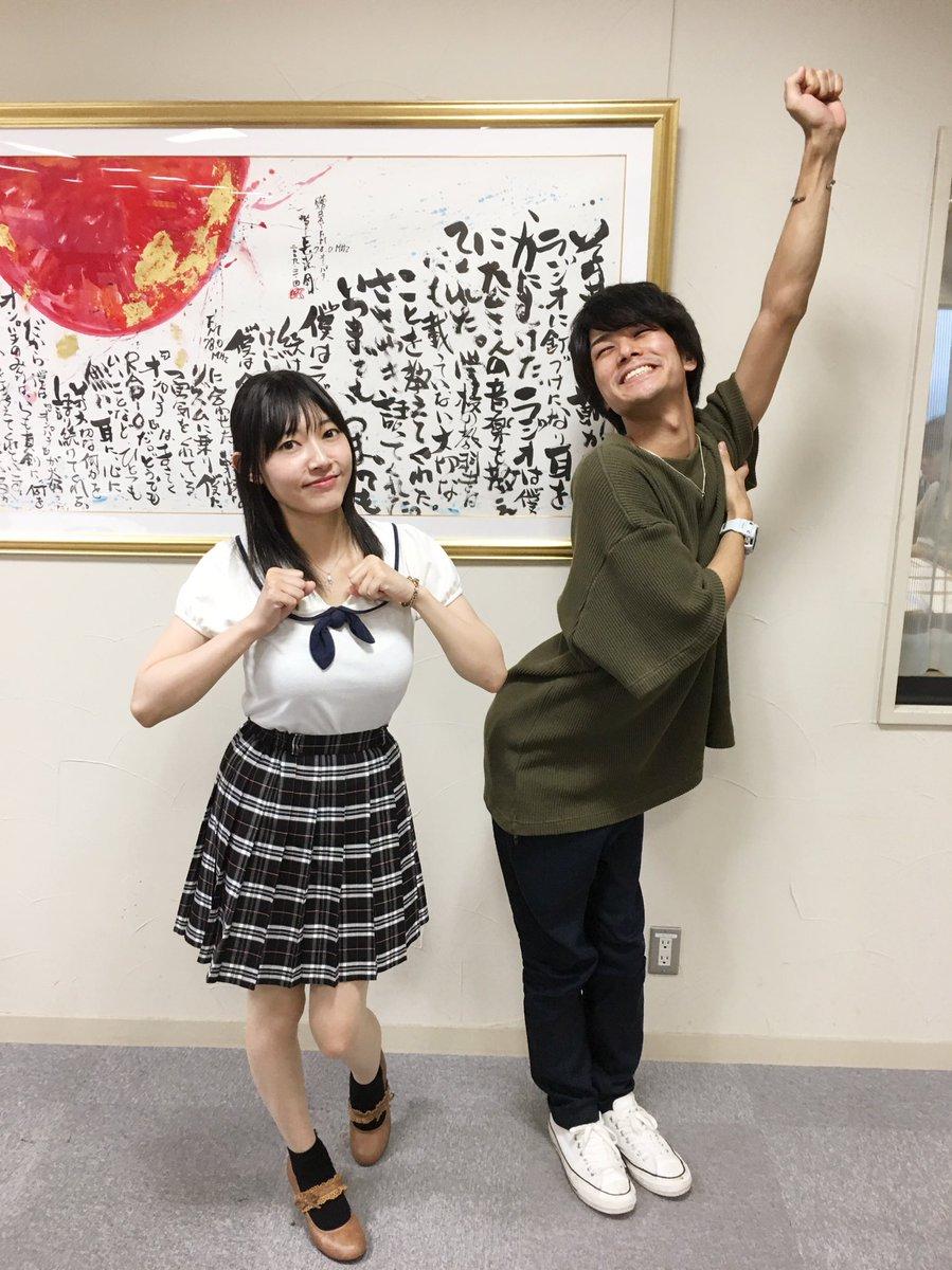 制服姿の長弘翔子さん