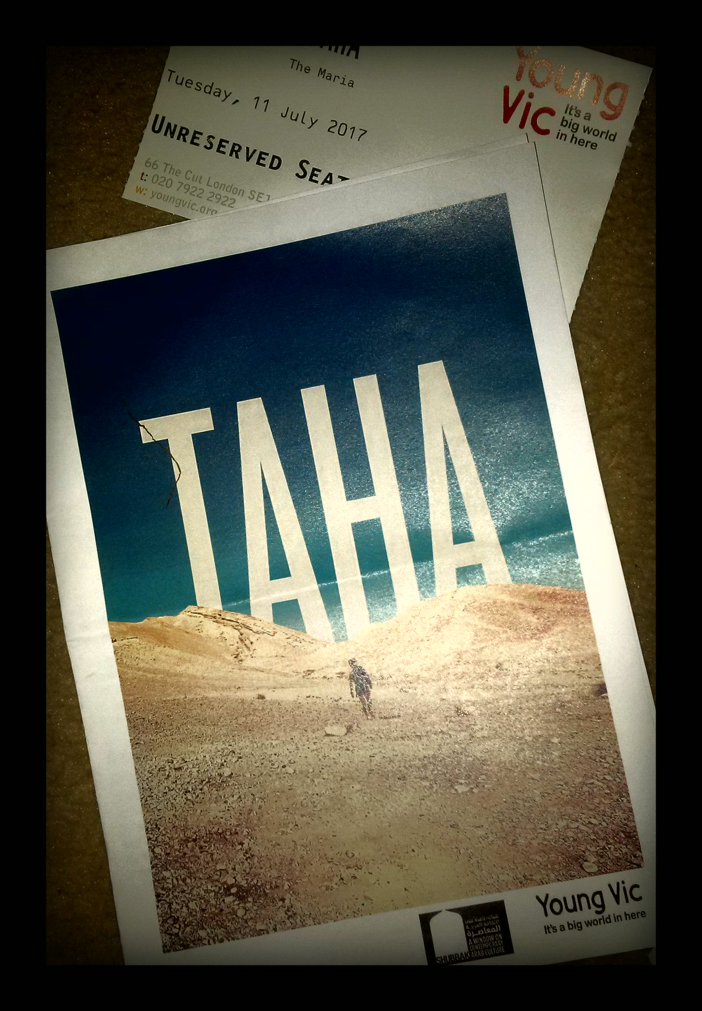 Amer Hlehel gives a fantastic performance in  #Taha @youngvictheatre @shubbakfestival  beautiful & powerful ***** https://t.co/oZjw1JxDAm