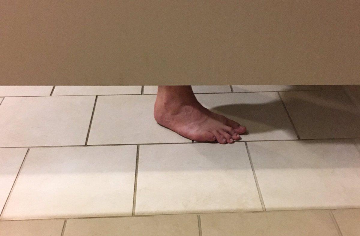 @billburr I hope his wife isnt into toe-sucking *shudders* #animals https://t.co/rC9gjVPLES