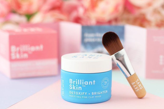 Review Sand & Sky Brilliant Skin Clay Mask