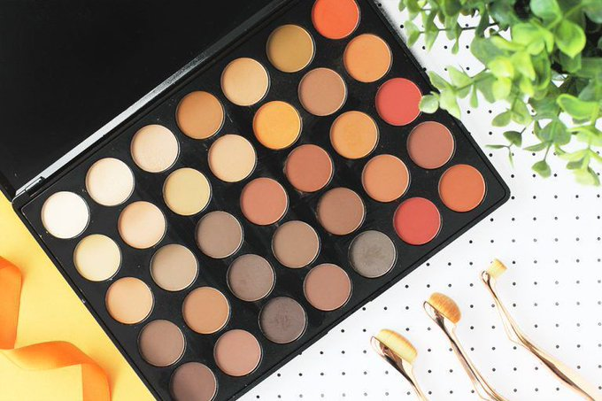Review: Morphe 35OM Nature Glow Palette