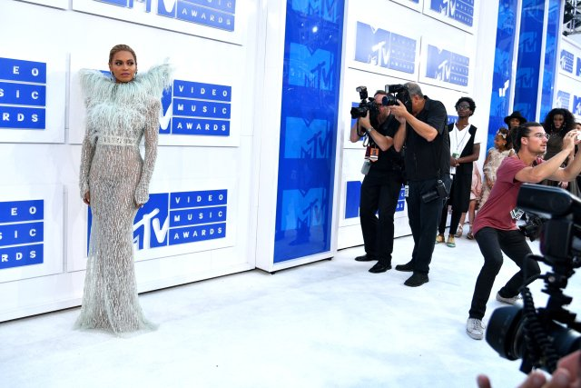 Everything You Need to Know About The 2016 MTV VMAs