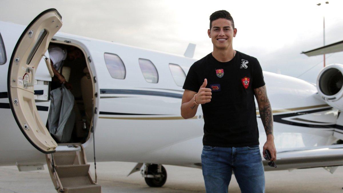 RT @FCBayern: Herzlich willkommen in München, @jamesdrodriguez! 😊 #ServusJames #FCBayern #MiaSanMia https://t.co/Xxz62WBkVP