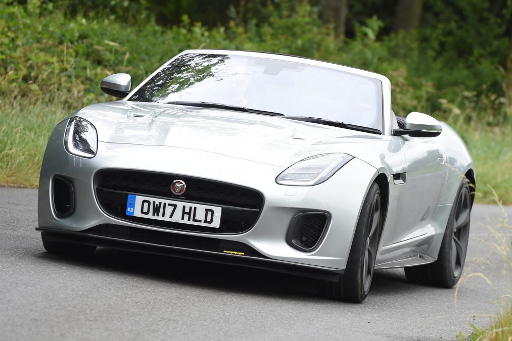 The #Jaguar F-Type Sport adds 20bhp to the standard R-Dynamic trim. But is it really worth the extra £6,000? https://t.co/myklypcbye