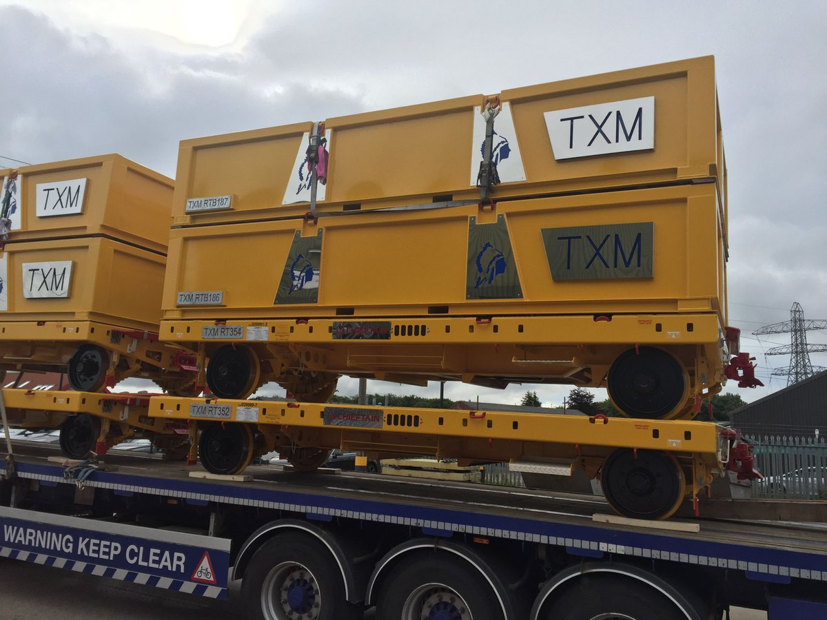 Take a peak at our brand new @CHEIFTAINltd Trailers delivered to our NEXUS Depot up at Newcastle yesterday! #rail #engineering #yellowkit