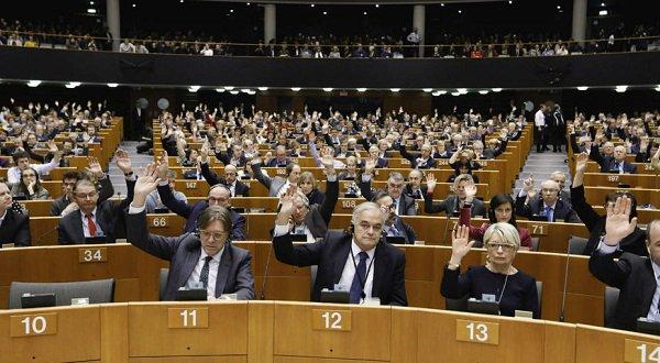 Eurodiputados advierten de que no reconocerán la Constituyente en Venezuela #12Jul https://t.co/045LtxUGzo