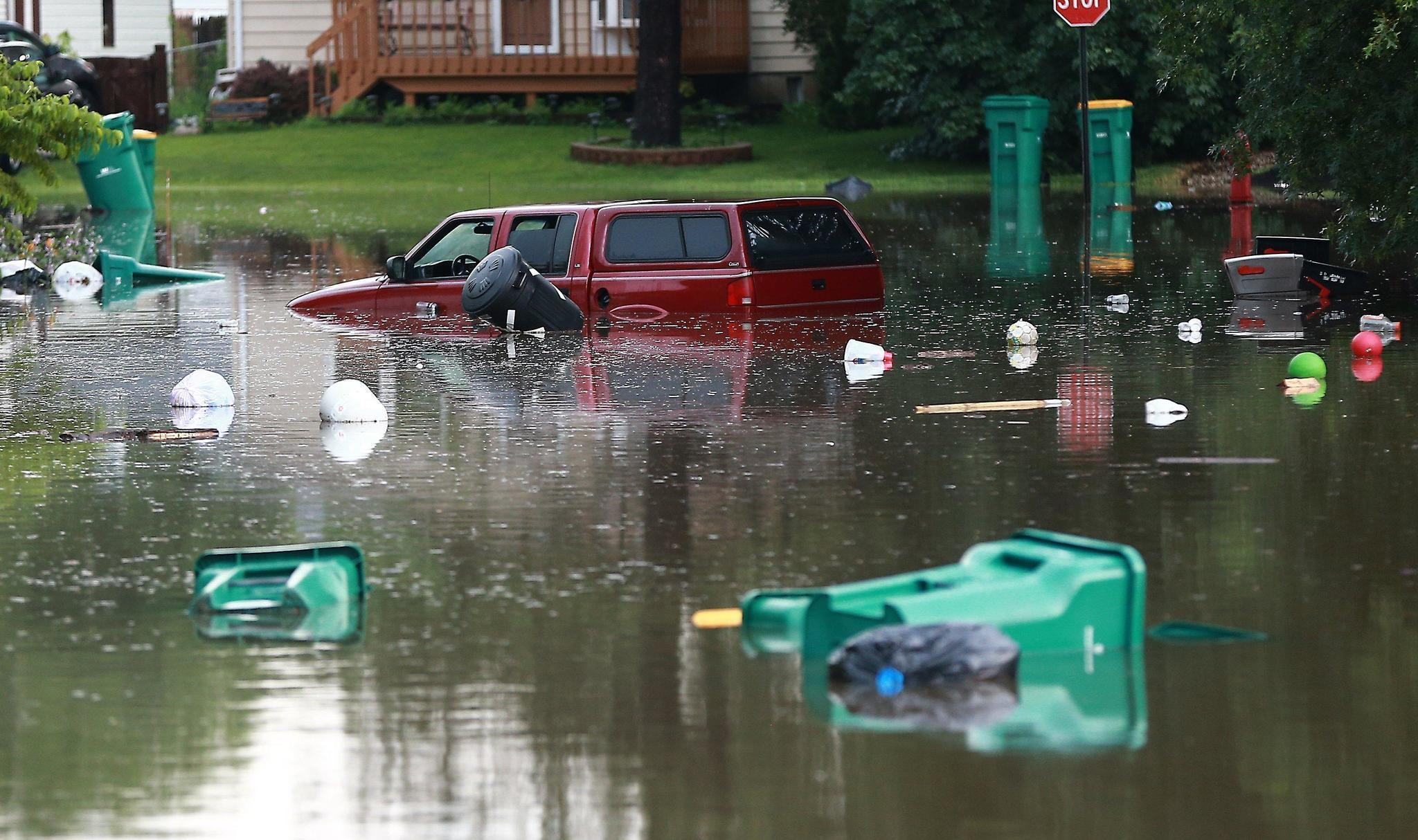 Illinois lake county wauconda - Flash Flooding Sweeps Across Lake County During Series Https T