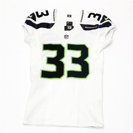 New Seahawks Pro Shop on Twitter: New round of game used & team issued  UR6BbZcn