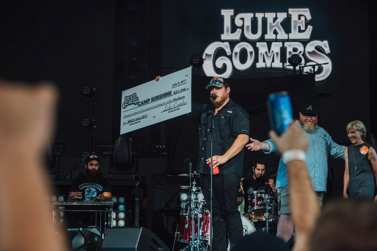 Camp sunshine on twitter thanks to lukecombsmusic for donating camp sunshine on twitter thanks to lukecombsmusic for donating profits from his meet and greets to mycampsunshine we 3 luke combs m4hsunfo