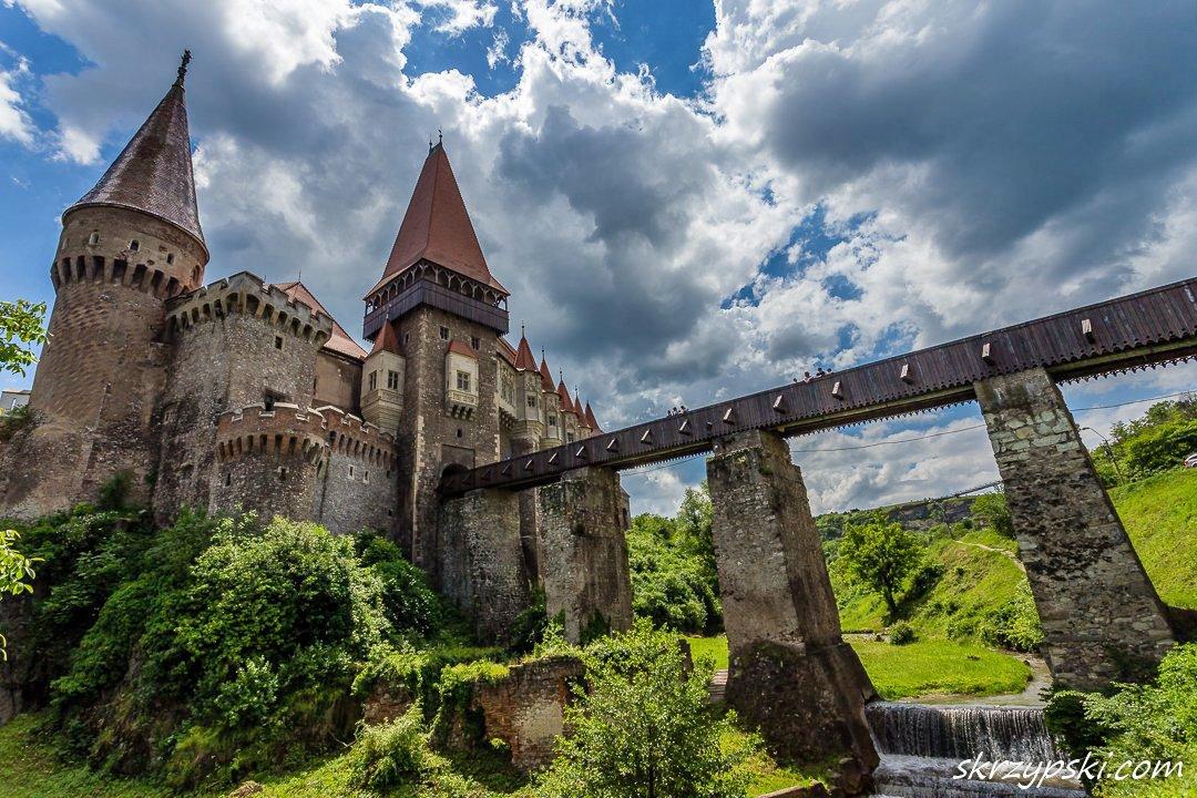 "Romania Tourism on Twitter: ""This week's #Romania pic: spectacular shoot of  #CorvinCastle in Transylvania (photo © Mieczysław Skrzypski)… """