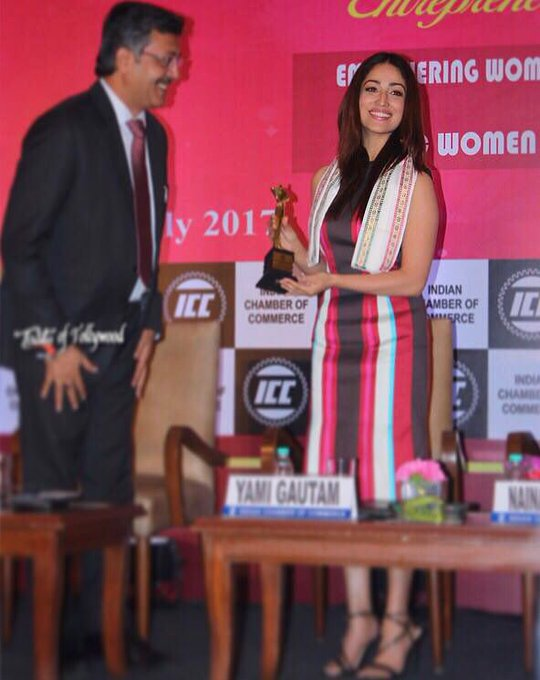 Honoured to be felicitated at The Women Entrepreneurs Summit #TheIndianChamberOfCommerce with 'Young Women Achiever' award 🙏🏻 https://t.co/AqwOr1oKDT