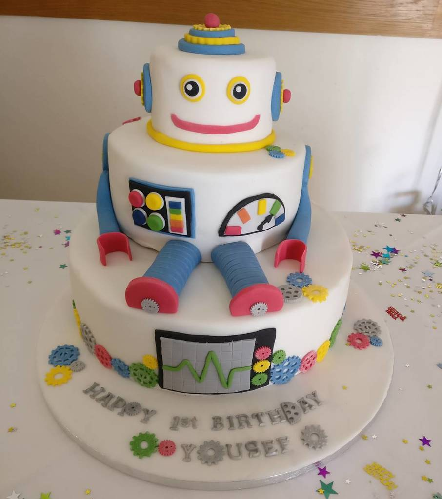 Terrific The Little Cake Tin On Twitter Robot Birthday Cake Made For Personalised Birthday Cards Epsylily Jamesorg