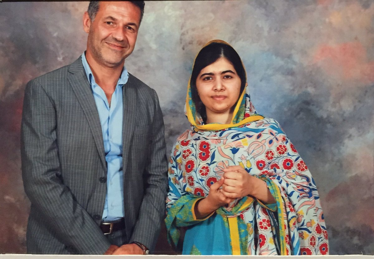 khaled hosseini biography The doctor turned writer, khaled hosseini has enchanted the literary world with gems like 'kite runner' and 'a thousand splendid suns' to know more about the childhood, profile, timeline and career of the author read on.