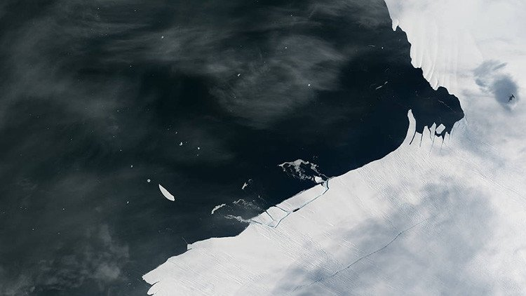 Antartide Larsen C: alla deriva il maxi iceberg del Polo Sud