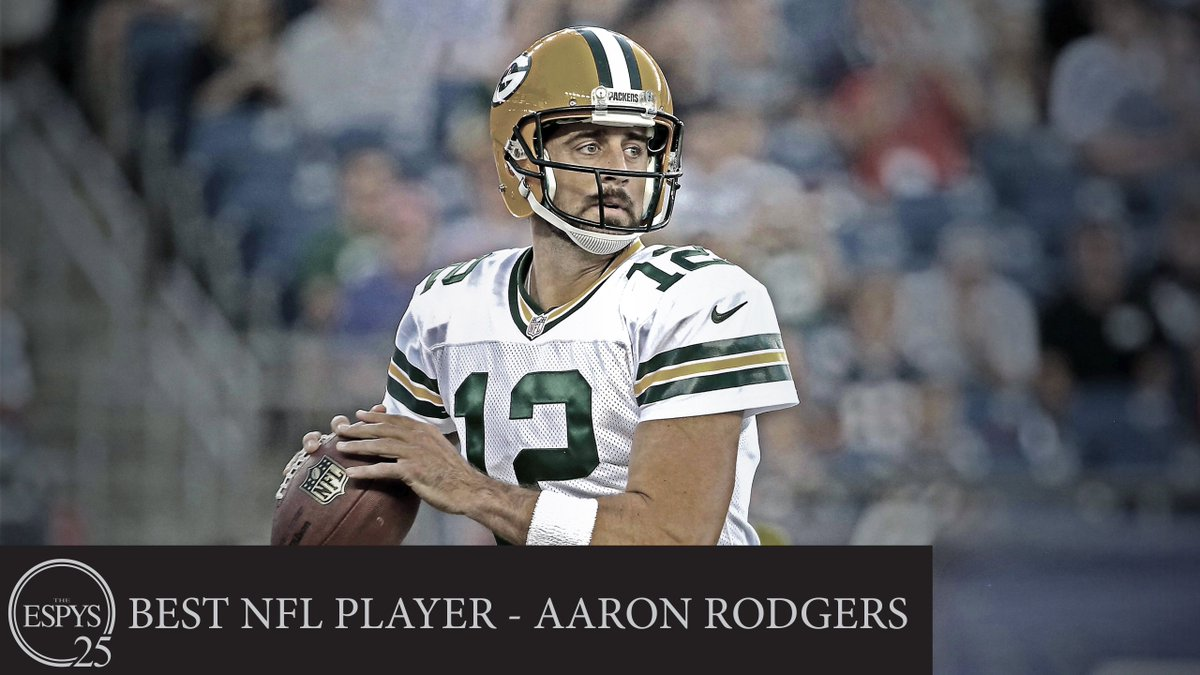 The #ESPYS award for #BestNFL player goes to @Packers QB @AaronRodgers12! https://t.co/rRxc1MAzRf