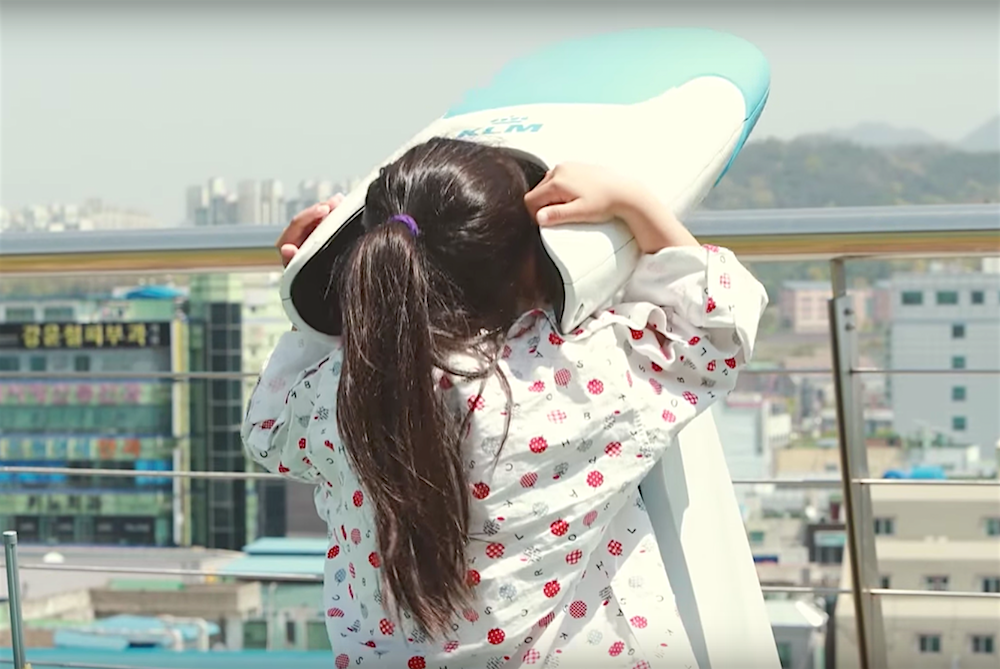 KLM Creates An Unforgettable VR Experience For Hospitalized Children