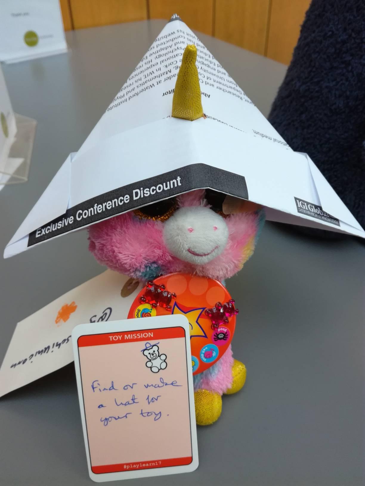 #playlearn17 unicorn hat (R) https://t.co/KIqe7P66oq
