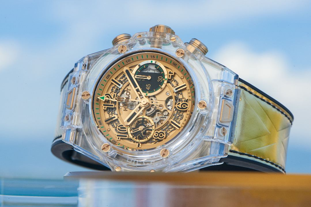 Hublot unveils his piece unique for Only Watch developed with Usain Bolt  http:// odic.me/ynrc  &nbsp;   @Hublot #onlywatch #ow17 #usain #bolt <br>http://pic.twitter.com/lJDtmfHSSz
