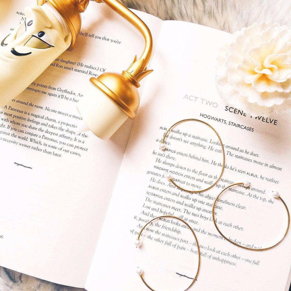 Bracelets 2 perles #Koneety #bijoux #jewellery #fashion #mode #lumiere #disney #BeautyAndTheBeast #labelleetlabete #bracelet #gold #perle<br>http://pic.twitter.com/LinHeeBrCi