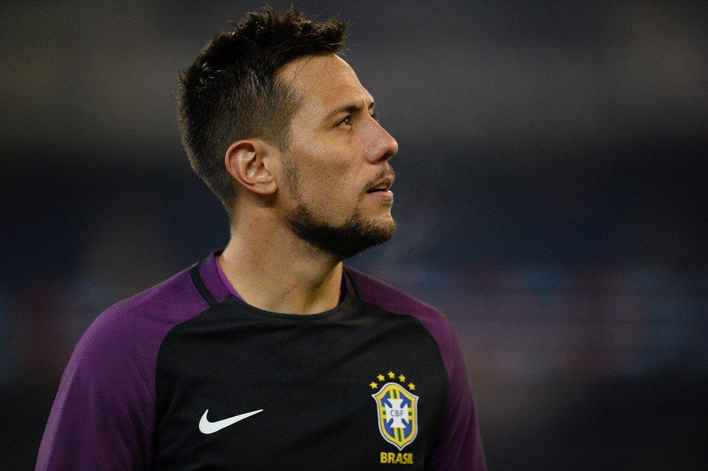 Diretoria dá sinal verde, e Fla sinaliza com proposta para repatriar goleiro Diego Alves https://t.co/IceHLS7kd6