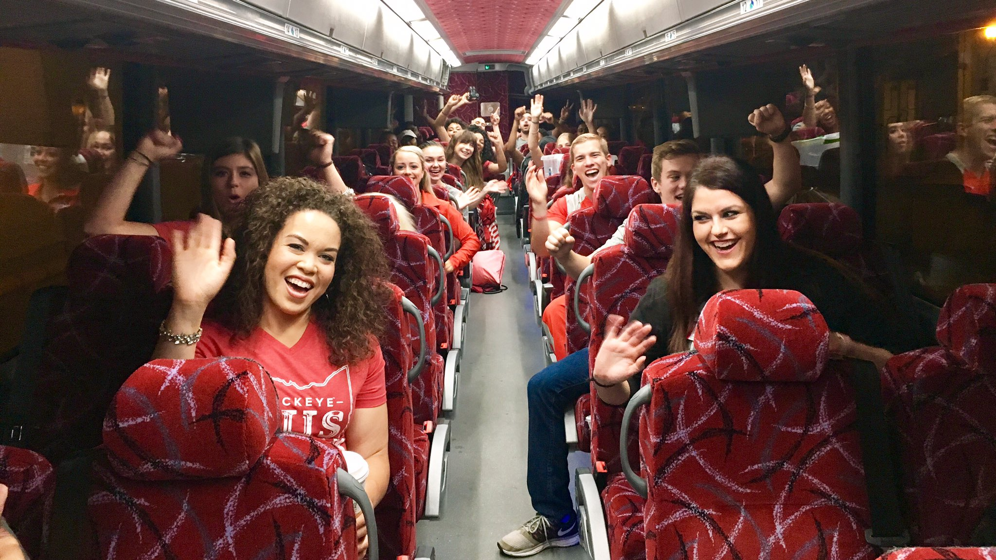 It may be raining but it's all smiles here - we're hitting the road for today's #BuckeyeBus trip with the Roads Scholars Tour! #OSUontheRoad https://t.co/iM58yIFS2c
