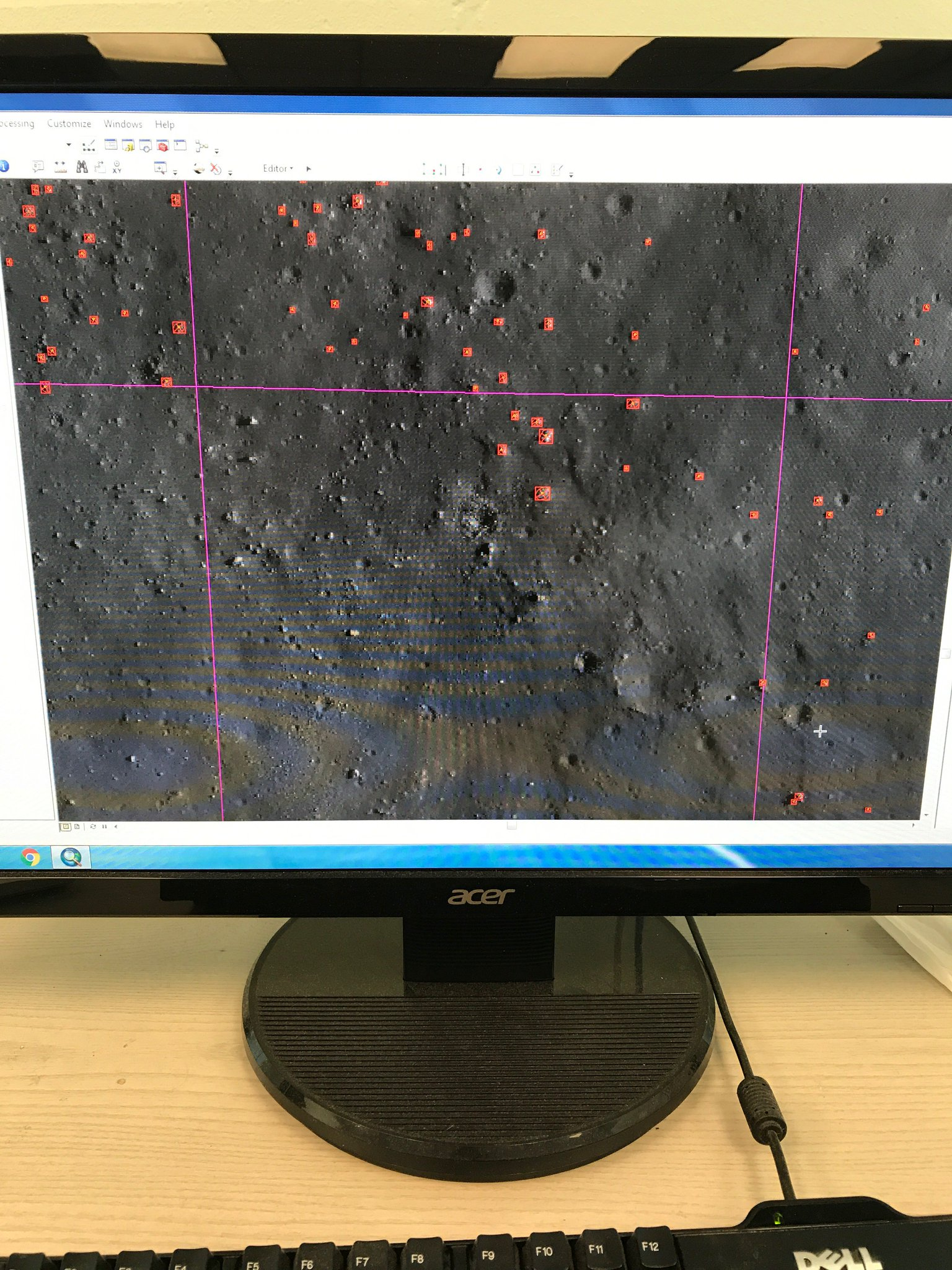 Currently, I spend a lot of time mapping boulders on the Moon, trying to understand how rocks breakdown #scienceathon #dayofscience https://t.co/fW8Qng8PI6