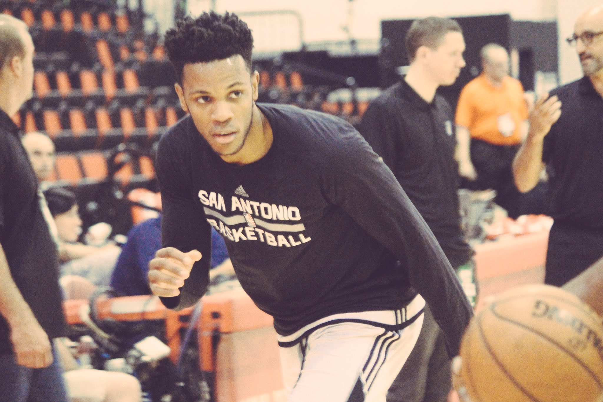 Just about that time. #SummerSpurs https://t.co/aYjIDYp6bU