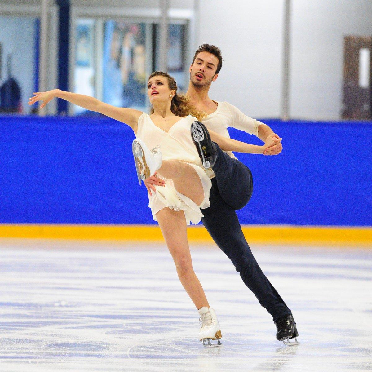 Международные соревнования сезона 2017-2018 (общая) DEo4EMUUwAA02HS