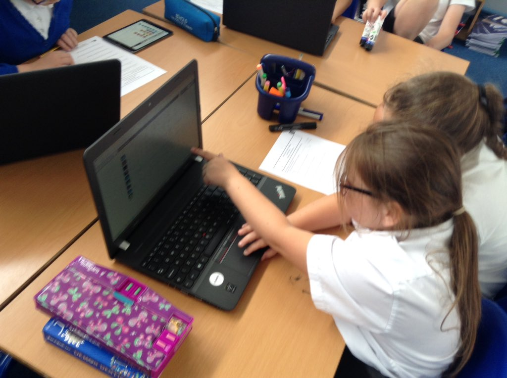 Istanbul class had great fun exploring databases with @purpleMash
