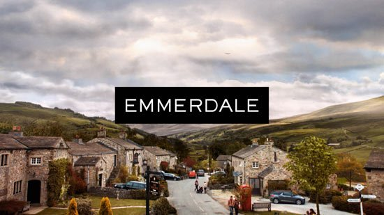 Nooo! #Emmerdale's favourite couple are over for good https://t.co/Dkjl2vy9Xo