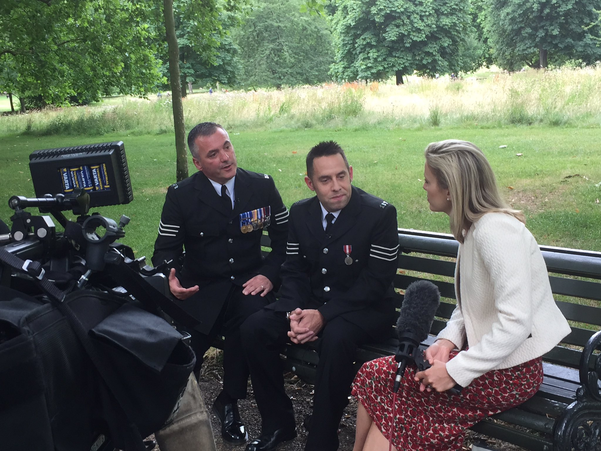 Watch out for #PoliceBravery nominees Sgts Iain McIvor & Dave Wilson, from @lincspolice due on @5_News from 5pm tonight https://t.co/xkOKOCDXdP