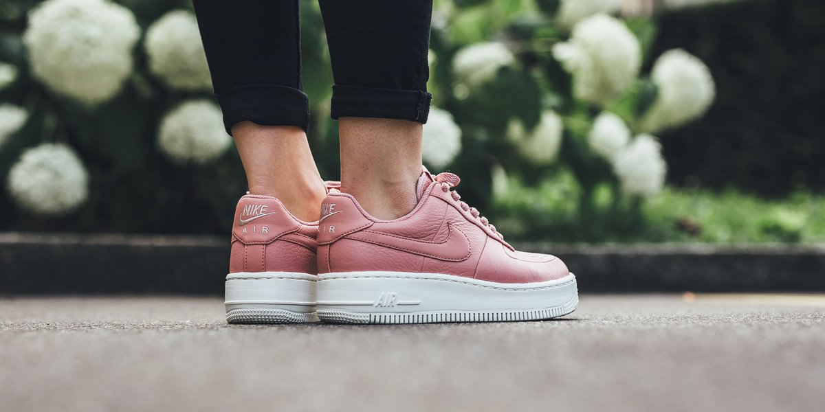 98f073fa4 NEW IN! Nike Wmns Air Force 1 Upstep - Red Stardust/Red Stardust-Silt Red-Sail  SHOP HERE: http://bit.ly/2tKS6AI pic.twitter.com/tGVcF9BOMv