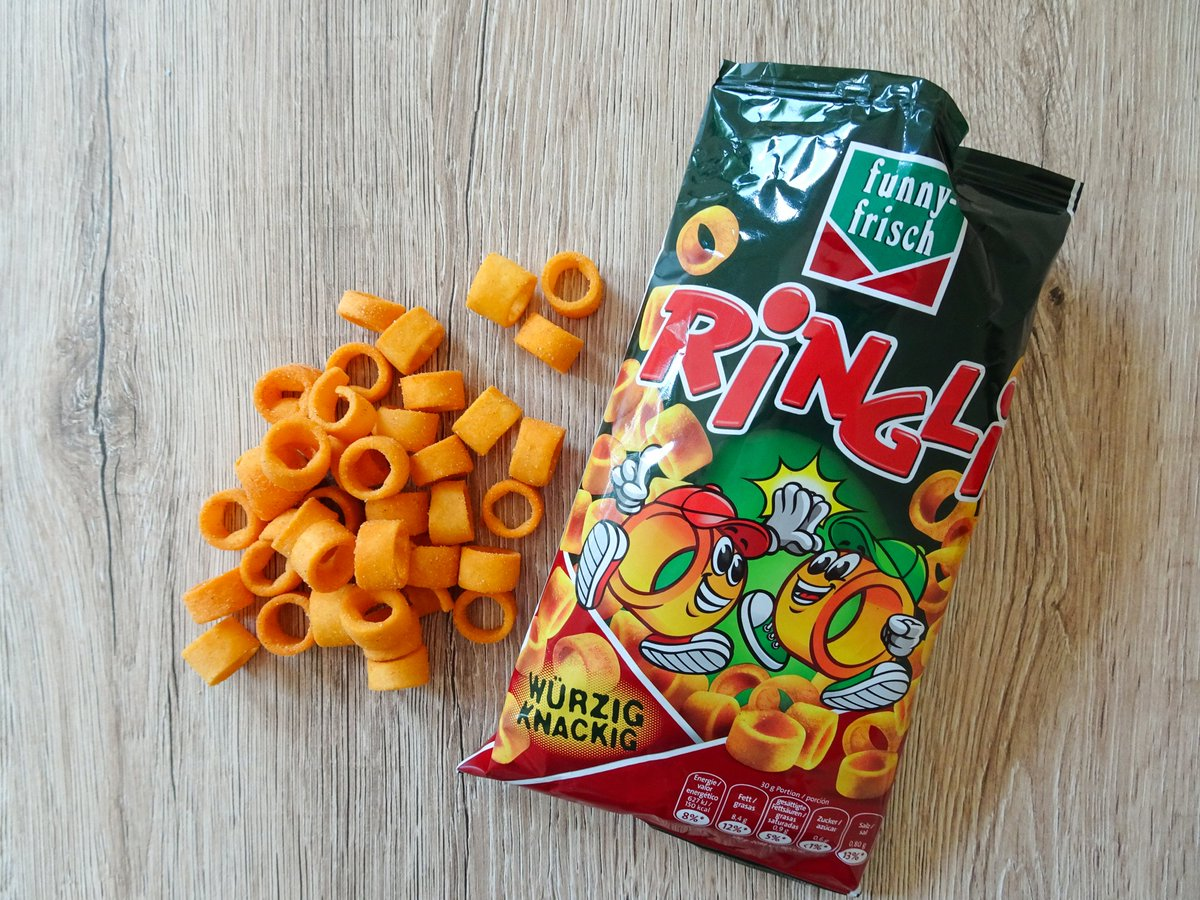 """Linds on Twitter: """"Are these the German answer to Hula Hoops?  https://t.co/ghlar8xRPb #review #snacks #crisps #germany… """""""