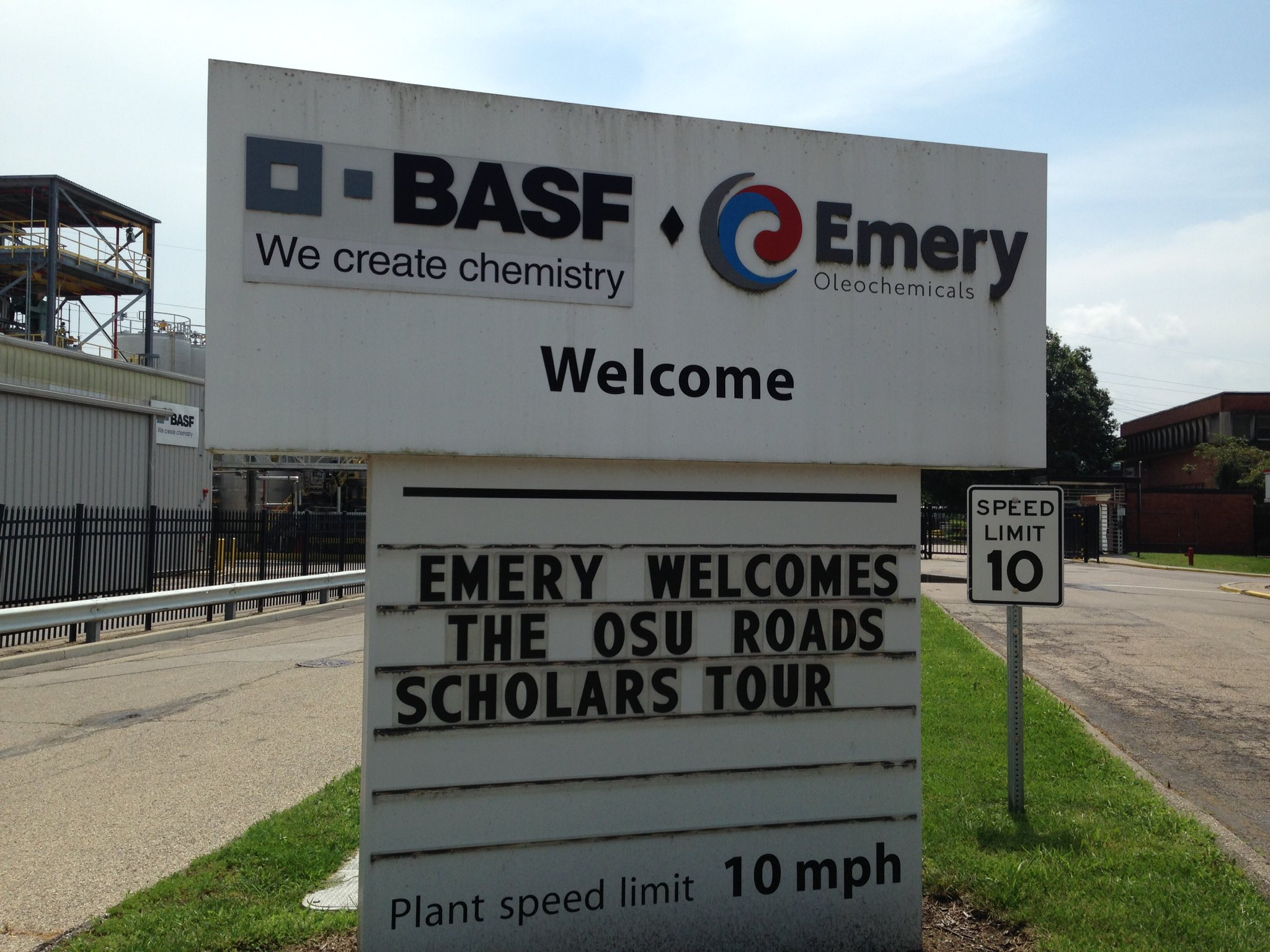 Thanks for the hospitality Emery Oleochemicals. We are happy to be here! #OSUontheroad https://t.co/SVmFUkGaOw